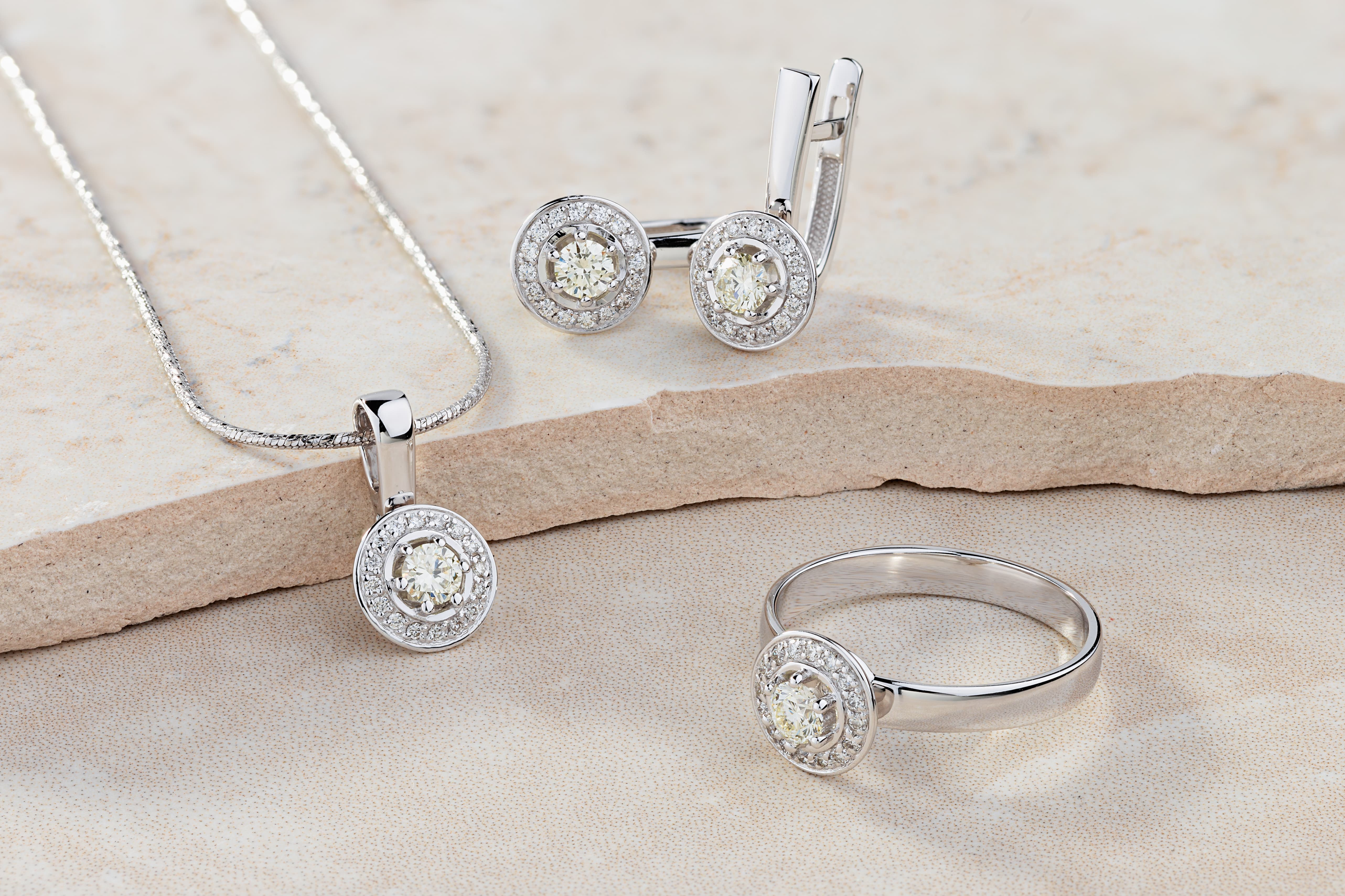 Understanding the Different Quality Assurances for Buying Diamond Jewellery